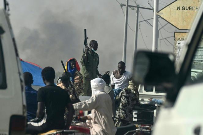Affrontements entre la police et des manifestants à N'Djamena, le 27 avril 2021, qui ont fait entre six et onze morts.