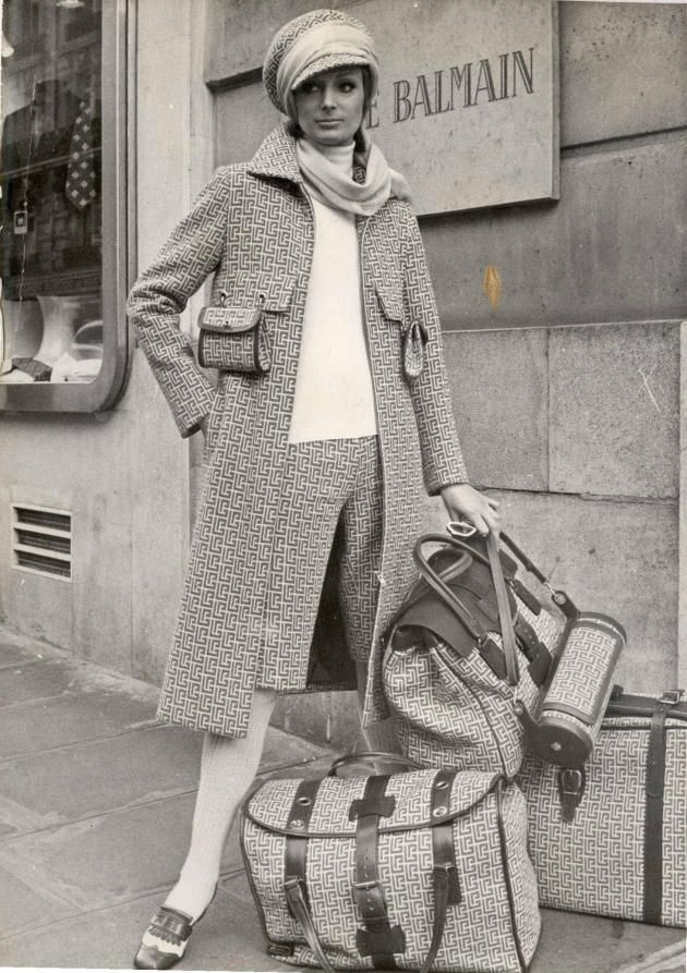 Collection Balmain haute couture été 1971.