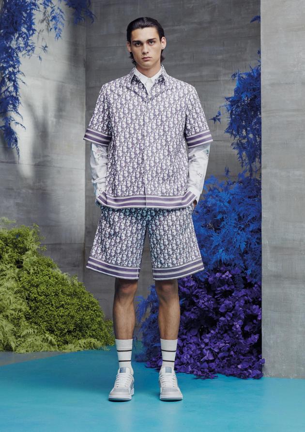 La toile Oblique de Dior, dans la collection printemps-été 2021.