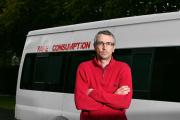 Peter Krykant a pu racheter une ancienne ambulance à l'hôpital public et l'a aménagée pour accueillir les toxicomanes.