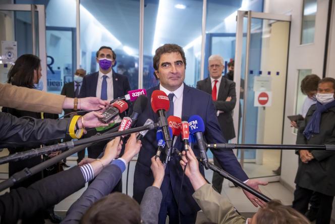Christian Jacob sort d'un conseil national d'investiture au siège du parti Les Républicains (LR) à Paris, mardi 4 mai 2021.