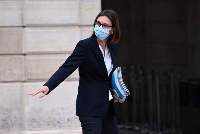 La ministre de la transformation et de la fonction publique, Amélie de Montchalin, le 5 mai 2021 à sa sortie de l'Elysée.