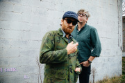 Dan Auerbach (au premier plan) et Patrick Carney, alias The Black Keys.
