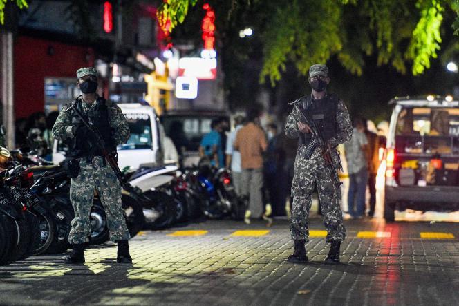 نیروهای مالدیوی روز پنجشنبه (6 مه) محل حمله را که هدف آن محمد نشید رئیس جمهور سابق بود ، در ماله ایمن کردند.