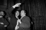 Jack Lang et François Mitterrand au Théâtre de Chaillot, lors la soirée d'adieu de Jack Lang à la direction du théâtre, le 30 septembre 1974.