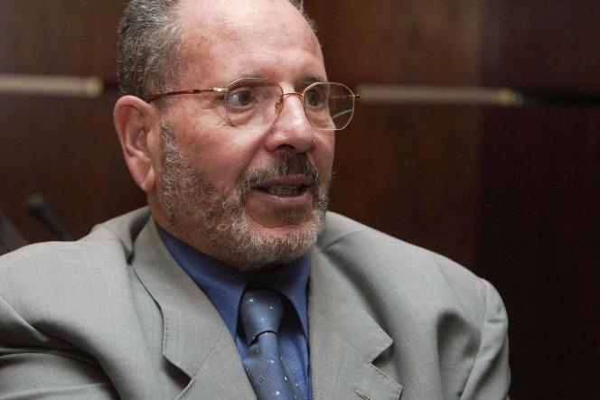 Bouabdellah Ghlamallah, Presiden Dewan Islam Tinggi, mantan Menteri Urusan Agama, di Aljir, pada Oktober 2004.