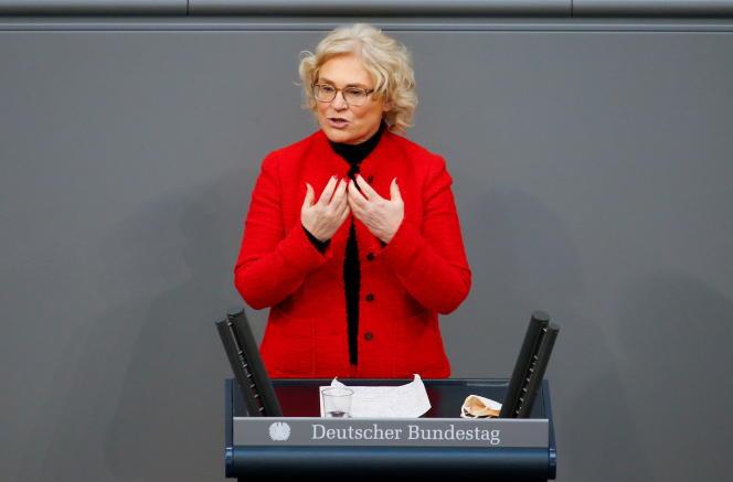 La ministre de la justice allemande, Christine Lambrecht, au Bundestag, à Berlin, le 6 mai 2021.