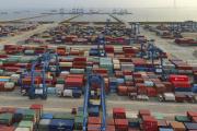 Le port de Nantong (Jiangsu), sur le fleuve Bleu, en Chine, le 8 avril 2021.