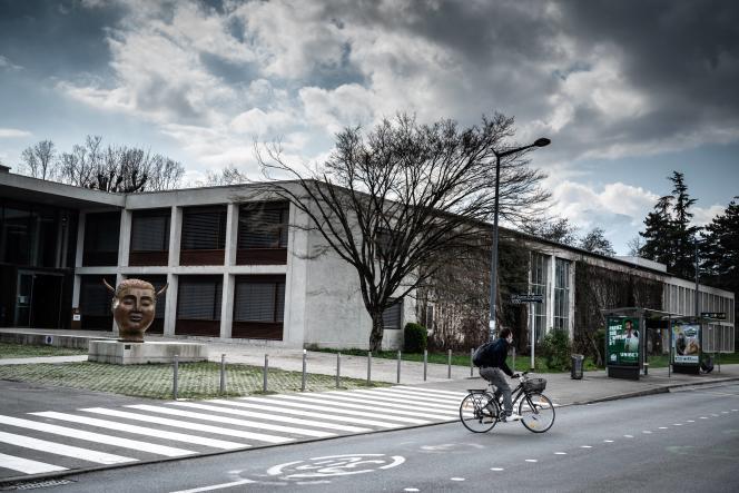 L'entrée de Sciences Po Grenoble, à Saint-Martin-d'Hères, le 8mars 2021.