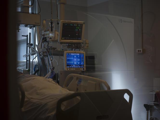 Ein Raum in der Notfall-Wiederbelebungsabteilung des CHRU Hôpital Cavale Blanche in Brest (Finistere) am Donnerstag, den 25. Februar 2021.