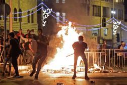 Affrontements entre Palestiniens et forces de sécurité israéliennes, samedi, dans la vieille ville de Jérusalem.