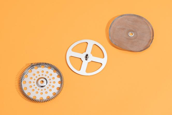 Le filtre de la Chambord se décompose en trois éléments, ce qui le rend facile à nettoyer. Et ces pièces sont aisées à remplacer.