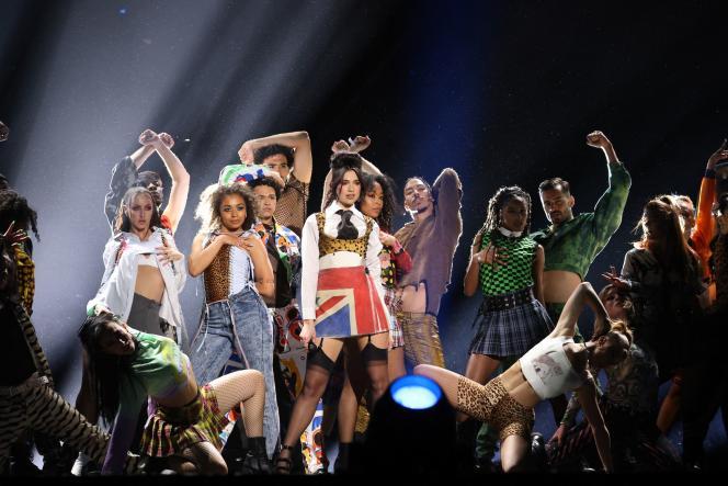 Dua Lipa a livré une sacrée performancepour les Brit Awards, mardi 11 mai, à Londres.