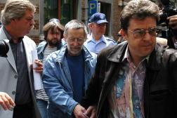 Michel Fourniret à sa sortie du tribunal de Dinant, en Belgique, en juillet 2004.