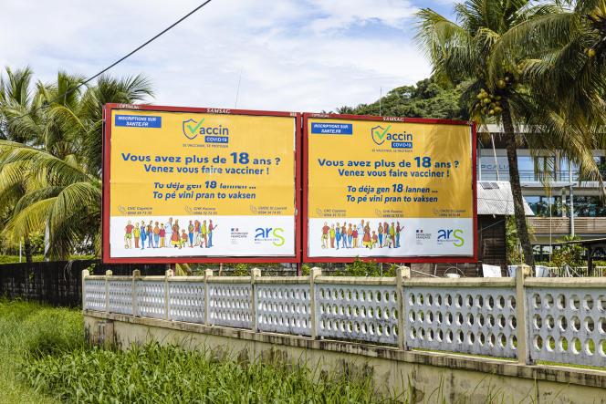 Les secteurs les plus touchés sont l'île de Cayenne, un bassin de 12 000 habitants avec un taux d'incidence monté à 485 pour 100 000 habitants la semaine du 2 au 8 mai, et un taux d'incidence atteignant 441 sur le secteur dit «des Savanes» comprenant la ville spatiale de Kourou.
