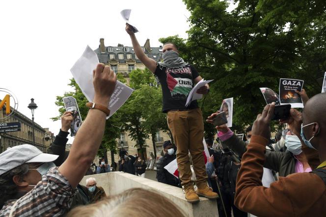 Rassemblement en solidarité avec le peuple palestinien, à Paris, le 12mai2021.
