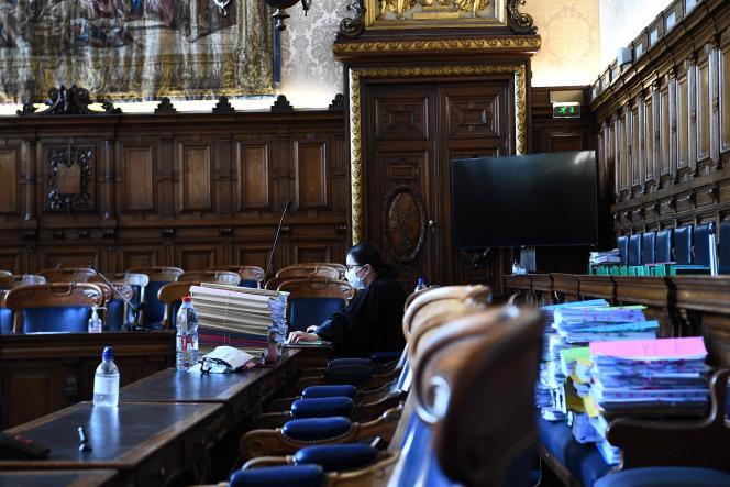 Lors du procès de Bernard Tapie devant la cour d'appel de Paris, le 10 mai 2021.