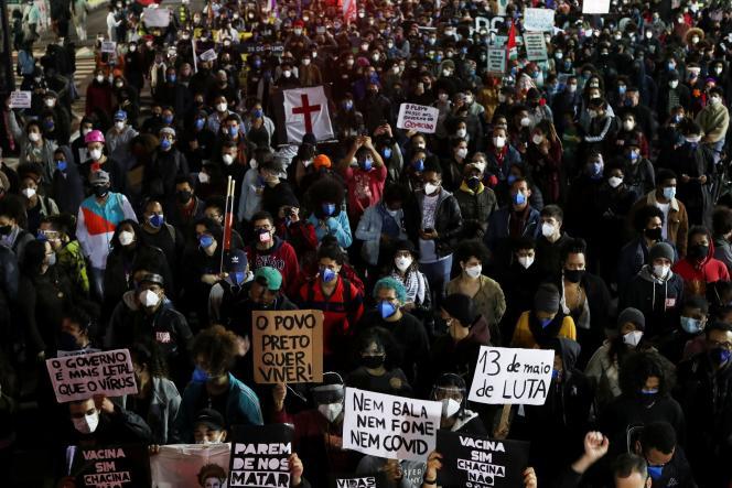 Manifestation contre le racisme et la violence policière, à Sao Paulo, au Brésil, le 13mai2021.