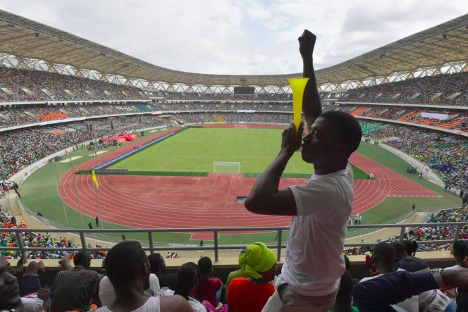 Le stade olympique d'Ebimpe, au nord d'Abidjan, lors de son inauguration, le 3octobre 2020.La Côte d'Ivoire compte seulement une enceinte homologuée.