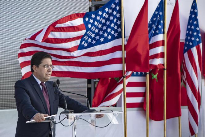 Le ministre marocain des affaires étrangères, Nasser Bourita, après une réunion avec des responsables américains, à Dakhla, le 10janvier 2021.