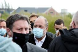 Le ministre de la justice Eric Dupond-Moretti en visite à Loos-en-Gohelle (Pas-de-Calais), le 8 mai.