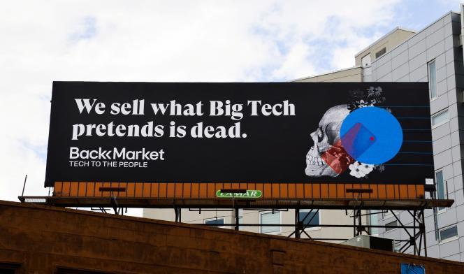 Un panneau publicitaire de Back Market à New York, le 2 octobre 2020. On y lit : « Ce que la Big Tech donnait pour mort, vous le trouverez chez nous. Back Market, la tech pour tous. »
