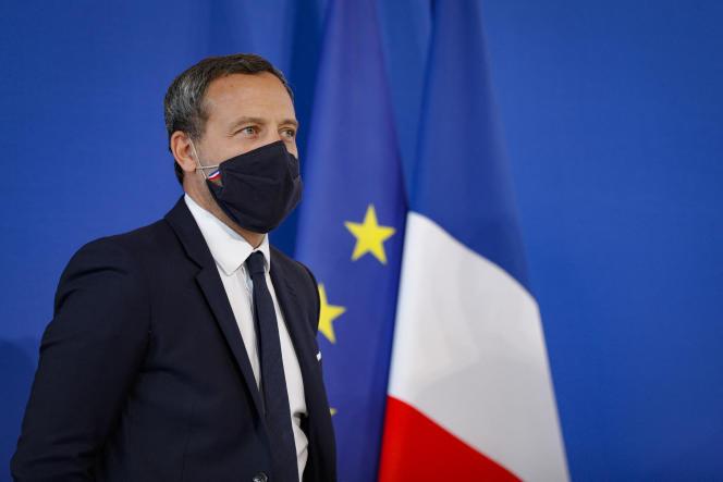 Le secrétaire d'Etat à l'enfance et à la famille, Adrien Taquet, le 29 septembre 2020, à Paris.