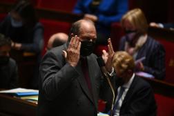 Le ministre de la justice, Eric Dupond-Moretti, lors d'une séance de questions au gouvernement à l'Assemblée nationale à Paris, le 4 mai 2021.