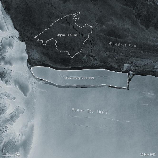 Am 13. Mai brach auf der Westseite des Ronne-Schelfeises im Weddellmeer in der Antarktis ein Eisberg ab.