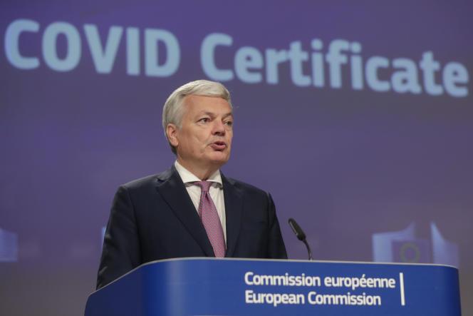 Komisarz UE Didier Reynders, 21 maja w Brukseli.  Zasugerował również, że nie ma wymogu kwarantanny dla dzieci.