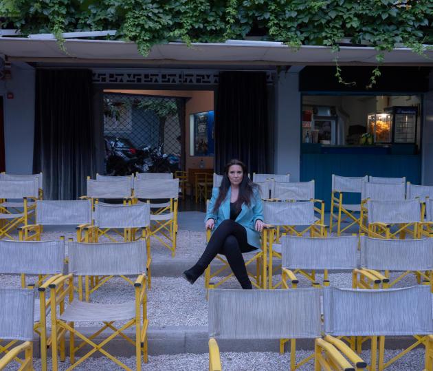 Peggy Rigga, propriétaire de trois cinémas en plein air à Athènes, dont l'Athinaia, le 21 mai 2021.