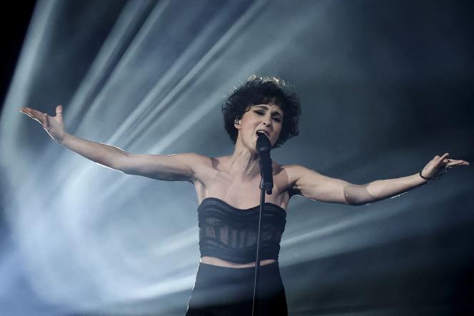 Barbara Pravi, la représentante française, lors du concours Eurovision, à Rotterdam, aux Pays-Bas, le 22 mai 2021.