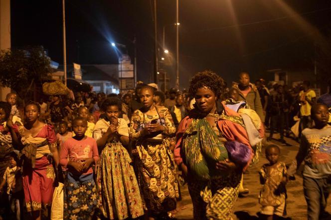 Des habitants de Goma quittent la ville, le 22 mai 2021.