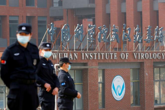 Lors de la visite d'experts de l'Organisation mondiale de la santé à l'Institut de virologie de Wuhan, en Chine, le 3 février 2021.
