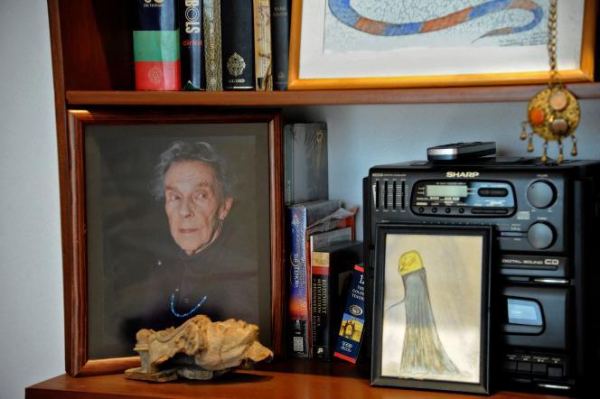 Leportrait de l'artiste Leonora Carrington, dans sa maison et son atelier à Mexico, le 24mai 2021.