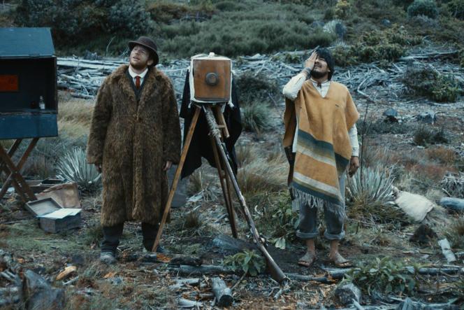 Malik Zidi (droite) et Leynar Gomez dans « Vers la bataille» deAurélien Vernhes-Lermusiaux.