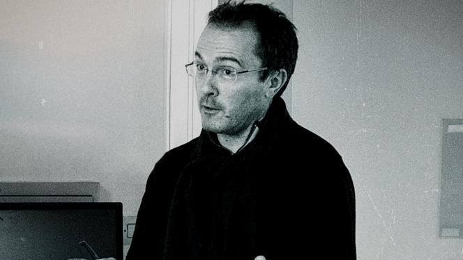 Le 16 octobre 2020, Samuel Paty, professeur d'histoire-géographie à Conflans-Sainte-Honorine, est assassiné par Abdoullakh Anzorov, islamiste radicalisé.