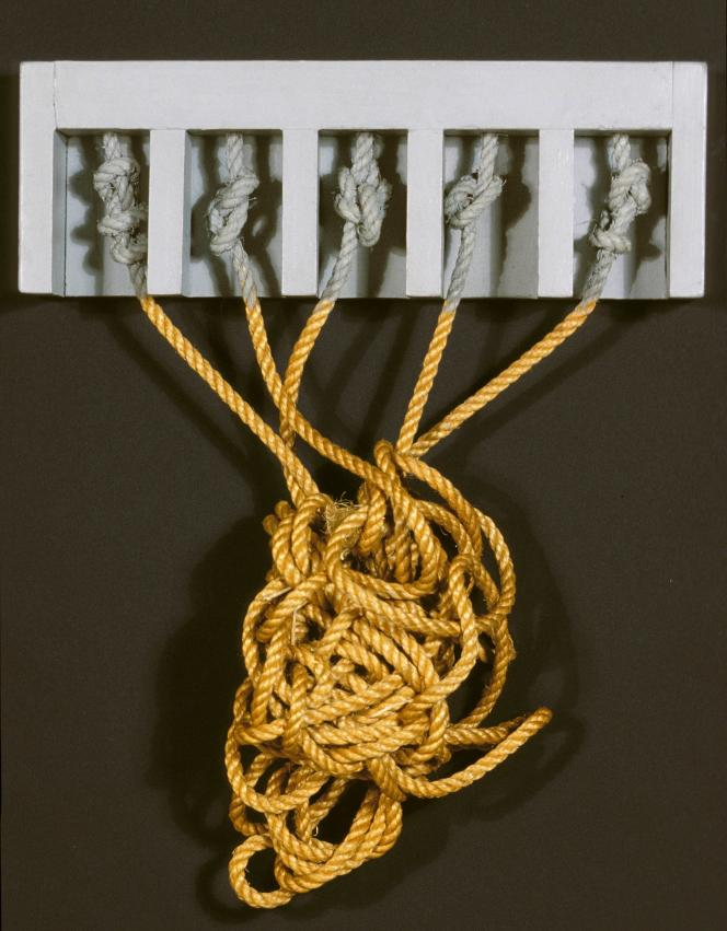 Robert Morris : «Untitled (Knots)» (1963), bois et corde‒ Detroit Institute of Arts, Detroit, Etats-Unis.