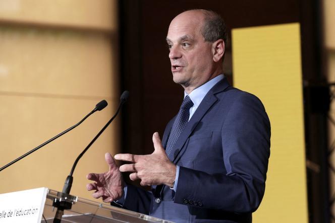 Le ministre de l'éducation nationale, Jean-Michel Blanquer, présente les conclusions du Grenelle de l'éducation, devant le CESE, à Paris, mercredi 26 mai.