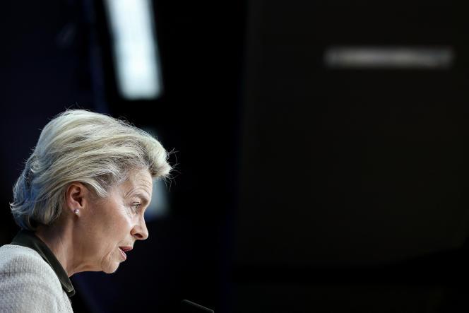 La présidente de la Commission européenne, Ursula von der Leyen, après le sommet UE-Japon, à Bruxelles, le 27 mai 2021.