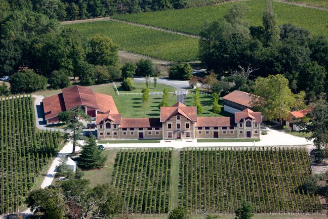 Le Château Le Sartre, propriété de Bernard Magrez à Léognan (Gironde).