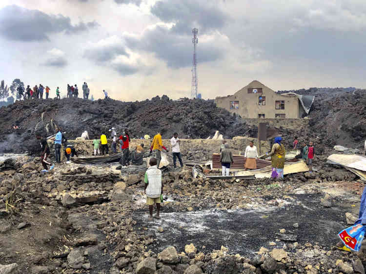 A pesar de la destrucción de varias casas por lava en las afueras de Goma, la ciudad se salvó de la erupción.