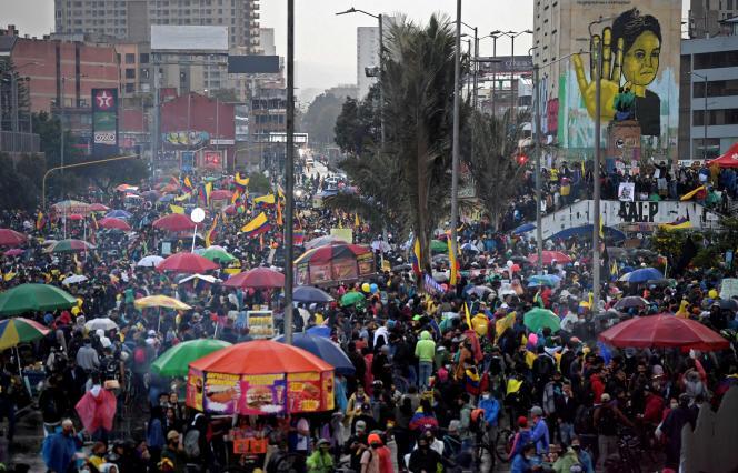 Des manifestations contre le gouvernement ont régulièrement lieu dans plusieurs villes de Colombie, comme dans la capitale Bogota, ce 28 mai 2021.