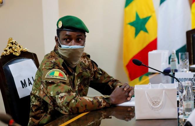 Oberst Assimi Goatesta nimmt am 15. September 2020 am Konsultationstreffen der Wirtschaftsgemeinschaft Westafrikanischer Staaten (ECOWAS) in Accra, Ghana, teil.