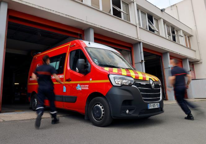 A fire brigade ambulance, in Arras (Pas-de-Calais), June 3, 2021.