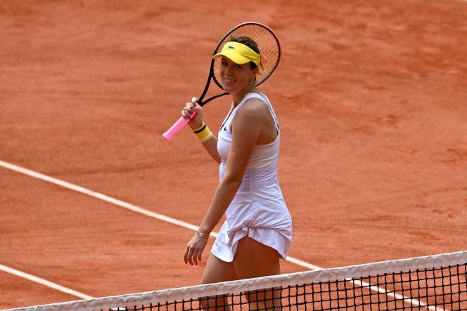 Anastasia Pavlyuchenkova wyeliminowała Victorię Azarenkę w 1/8 finału z Rolandem Garrosem 6 czerwca 2021 roku.