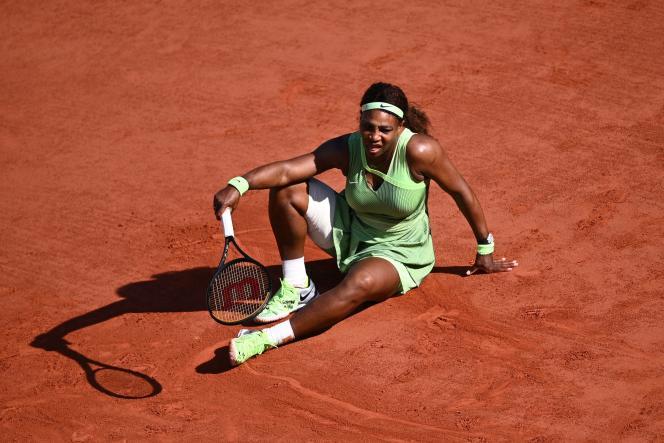 Serena Williams przegrała z Eleną Rybakiną w 1/8 finału z Rolandem Garrosem 6 czerwca 2021 roku.