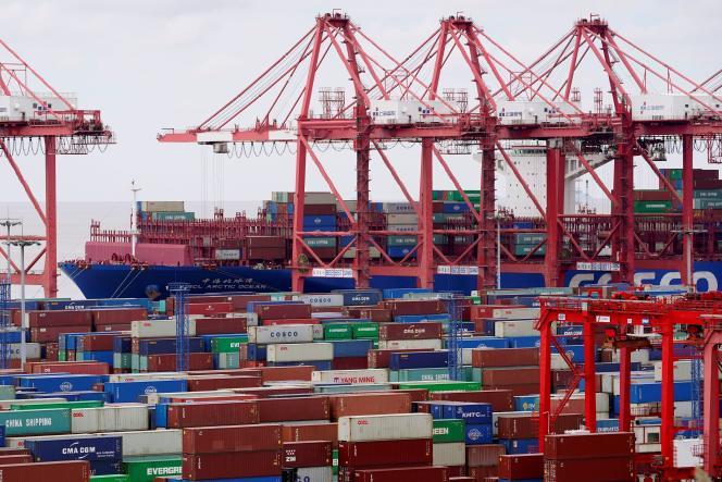 Des conteneurs à Shanghaï, en Chine, le 19 octobre 2020.