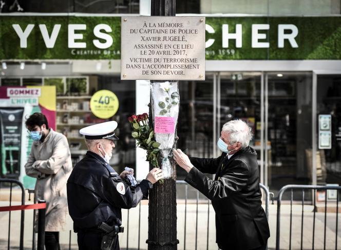 Cérémonie en hommage à Xavier Jugelé quatre ans après son assassinat, à Paris, le 20 avril 2021.