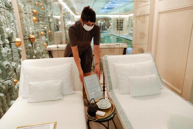Le spa de l'hôtel Crillon, à Paris, en août 2020.